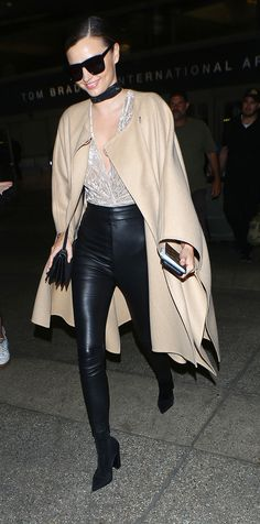 Looking to stay comfortable yet stylish this New Year's Eve? Check out these stylish legging outfit ideas.