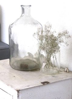 Awww so pretty. I could see this upon a small side table or two :) - Yes its so simple yet fetching!