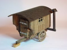 Ein originalgetreuer Schäferwagen zur Verschönerung Ihrer Krippenlandschaft    aus massivem, dunkel gebeiztem Fichtenholz mit zwei großen Speichenräder