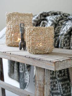 tealight holder made from jute. Twine Crafts, Rope Crafts, Crochet Baby Cocoon, Crochet Home, Diy Yarn Holder, Bernat Softee Chunky Yarn, Crochet Headband Pattern, Rainbow Crochet, Diy Holiday Gifts