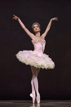 Mathilde Froustey as Sugar Plum. San Francisco Ballet's Nutcracker. Photo: (c) Erik Tomasson.