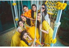 One time when yellow yellow is not a dirty fellow is during the Haldi! Yes, haldi photos look amazing when all you see is yellow, and these photos here are perfect examples of how to do it right! New Lehenga, Lehenga Saree, Saree Blouse, Wedding Makeup Blue, Bridal Makeup, Yellow Bridesmaid Dresses, Bridesmaid Poses, Bridesmaid Pictures, Grey Dresses