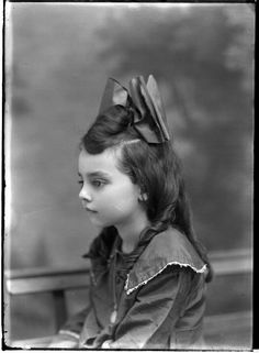 Fernandez child. The Robert Runyon Photograph Collection, 04960, courtesy of The Center for American History, The University of Texas at Austin.