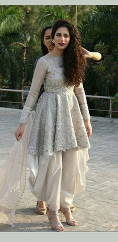 Buy Online Punjabi Wedding Lehenga Designer Collection Call/ WhatsApp us 77164 Indian Fashion Dresses, Dress Indian Style, Indian Designer Outfits, Indian Outfits, Designer Dresses, Designer Wear, Indian Wear, Stylish Dresses For Girls, Wedding Dresses For Girls