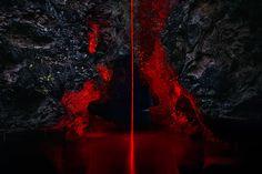 As part of his visual project titled La Línea Roja, the Parisian photographer Nicolas Rivals wandered Spain to install red geometric shapes. Jasper Johns, Line Photography, Photography Projects, Photography Aesthetic, Paris Photography, Exposure Photography, Richard Serra, Albert Bierstadt, Antony Gormley