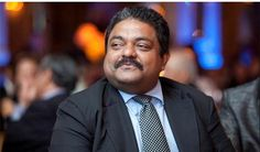 Avijit Nanda, President of TimesofMoney Group, enjoys the Light of India Awards. Photo: www.michaeltoolan.com.