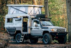 The awesome Toyota Maltexplorer Conversions are sure worth a serious glance should you be on the market for something of the kind, this German based company, that now also has a US branch, was founded by motocross champion and lifelong racer Malte As Toyota Land Cruiser, Land Cruiser 200, Toyota Autos, Bmw Autos, Toyota Camper, Toyota Trucks, Ford Trucks, Mercedes G, Motocross
