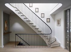 This beautiful Prospect Heights Townhouse was renovated by the design team from Etelamaki Architecture. Townhouse Interior, Townhouse Designs, Interior Stairs, London Townhouse, Staircase Railings, Staircase Design, Stairways, Banisters, Stair Design