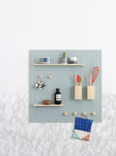 mint magazine, diy, rangement mural, cuisine, heju, créatif, panneau, isorel, bois, scandinave, hiver, texture, marbre