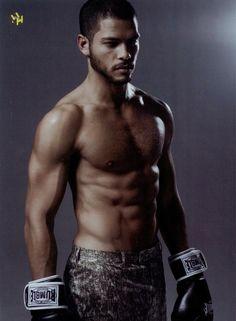 Mens health #sixpack #boxer #boxing #mixedrace #malemodel #greeneyes #returnofthemalesupermodel#ishablaaker