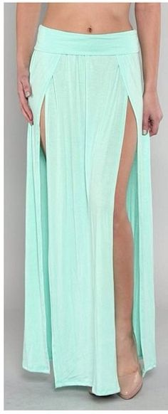 Maxi double slit skirt by Appealing Boutique// I need this skirt in my life Dance Outfits, Dance Dresses, Mint Skirt, Mint Maxi, Split Skirt, Belly Dance Costumes, Diy Clothes, Beach Clothes, Beachwear