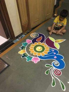 51 Diwali Rangoli Designs Simple and Beautiful Easy Rangoli Designs Videos, Easy Rangoli Designs Diwali, Rangoli Simple, Simple Rangoli Designs Images, Free Hand Rangoli Design, Small Rangoli Design, Rangoli Ideas, Diwali Rangoli, Beautiful Rangoli Designs