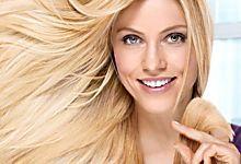 Pas besoin de fer à lisser pour avoir de beaux cheveux lisses. Voici une astuce simple pour lisser les cheveux naturellement avec ce truc de grand-mère. J'ai essayé plein de trucs pour avoir le