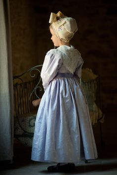Costume Français, Costumes, French Costume, French Country Christmas, French Countryside, Dame, Kids Outfits, Culture, Traditional