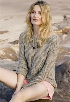 Minimalist kitted summer sweater Sandnes 1405