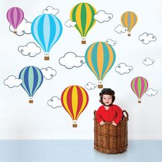 Foto principal de Adesivo de Parede Infantil Balões 119,90 a 219,90