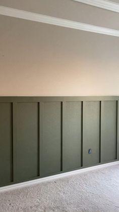 Home Room Design, Home Interior Design, House Design, Wall Molding, Wainscoting Wall, Home Renovation, Home Remodeling, Home Decor Bedroom, Diy Home Decor