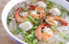 Vietnamese Pork & Seafood Noodle Soup (Hu Tieu)