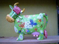 Скульптура, дерево, ручная работа, расписано акрилом. Автор Виталий Корякин. Paper Clay, Paper Art, Paper Crafts, Paper Mache Projects, Paper Mache Animals, Cow Parade, Indian Dolls, Cow Art, Creation Couture