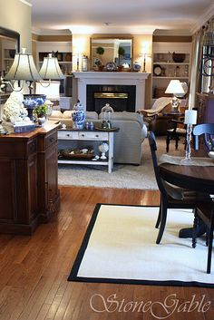 love this living room---maybe can put my red desk there denise