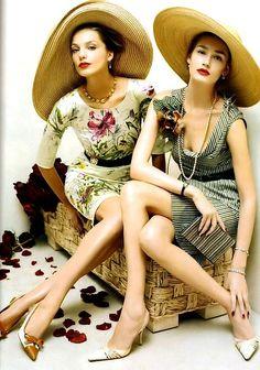 Vogue - Hats for lady Look Vintage, Vintage Mode, Vintage Woman, Vintage Glam, Vintage Ladies, Vintage Outfits, Vintage Fashion, Retro Fashion, Edwardian Fashion