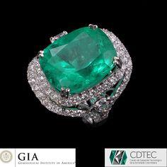 RRV $ 179000 - GIA 18ct W.G, 17.85ct Colombian Emerald & Diamond Ring