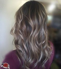Beige Balayage on brunette hair highlights on brown hair Ash Blonde Highlights On Dark Hair, Ash Brown Hair, Balayage Hair Blonde, Beige Highlights, Brown Curls, Curls For Long Hair, Wavy Hair, Colored Hair Tips, Hair Color And Cut
