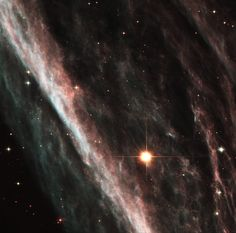 The Pencil Nebula: Remnants of an Exploded Star (NGC 2736) [3289 x 3252] http://ift.tt/2FWFBXb