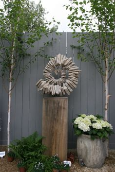 Decorative items for the garden - made of stones. 7 creative ideas - balcony garden - Decorative items for the garden – made of stones. Diy Garden, Balcony Garden, Garden Projects, Rock Sculpture, Garden Sculpture, Outdoor Sculpture, Sculptures, Outdoor Art, Outdoor Gardens