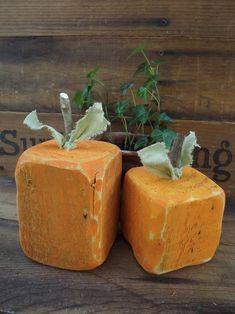 Wooden Pumpkins, Mini Pumpkins, Fall Pumpkins, Halloween Pumpkins, Fall Wood Projects, Garden Projects, Craft Projects, Craft Ideas, Thanksgiving Wood Crafts