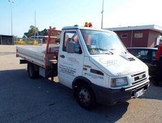 Autocarro rubato a San Benedetto del Tronto la polizia arresta il ladro sullA14