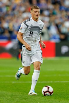 Toni Kroos of Germany controls the ball during the UEFA Nations. Toni Kroos, Football Soccer, Football Players, All Star, Sports Celebrities, Light Of My Life, Physical Activities, Real Madrid, Paris France