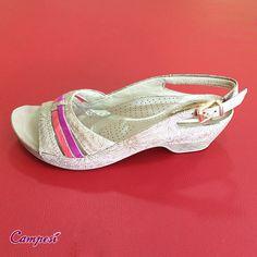 """Sandália """"mara"""" para aproveitar todos os momentos dessa semana! #conforto #verão #sandália #moda Loja virtual: lojacampesi.com.br"""