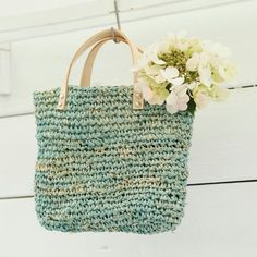 Rafia shopper - free crochet pattern in English and Dutch from Lidy Nooij