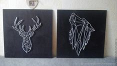 Сегодня я возвращаюсь к вам с новой работой, новым опытом и свежими секретами создания панно из гвоздей и нитей. Продолжаем развиваться и развивать направление String Art. И сегодня я поведаю вам о создании контурного изображения в стиле «Геометрия», который я давно хотел испробовать для себя. Поехали:)Для работы мне понадобились следующие материалы: - деревянная доска 20х30 см;- гвозди 1,2х2,5…