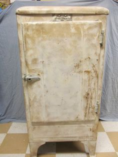 1935 frigidaire refrigerator | Our antique refrigerators - Antique ...