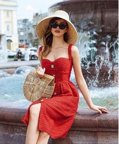 Outfit Ideas for the Fifa World Cup 2018 dress pants trendy outfits perfect outfit summer dress trendy outfits Summer Dress Outfits, Casual Outfits, Cute Outfits, Dress Summer, Red Dress Casual, Fashionable Outfits, Summer Dresses For Women, Look Fashion, Fashion Outfits