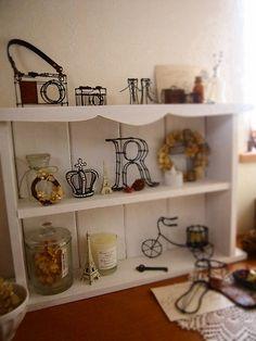 Miniature wire crafts