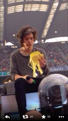 Harry and a bra. BAHAHAHA I. CANT. BREATHE. OMG someone help me that face is killing me xD xD xD xD xD xD xD I need help xD xD xD