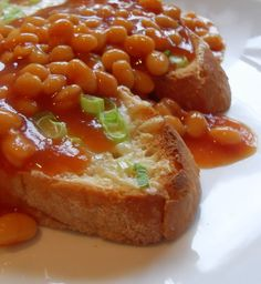Beans on Toast....reminds me of my childhood....Pork & Bean Sandwiches!If you haven't tried it don't think...ewwwww...it's REALLY good!!