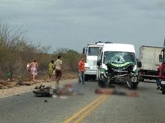 Acidente em rodovia de Petrolina deixa dois mortos  Publicado por Carlos Britto 03/08/2012 às 10:00