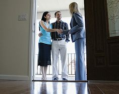 What makes a winning offer? Read this article by Better Homes & Gardens Real Estate for tips on writing your best offer!
