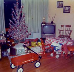 Christmas morning 1968 - vintage Christmas