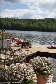 Lake Life, Garden Bridge, Finland, Satu, Outdoor Structures, Bridges, Cottages, Happiness, Scenery