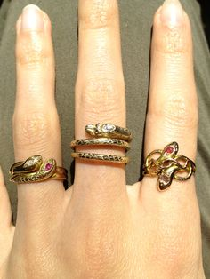 Who knew I'd be so drawn to these snake rings. I'll take all of them please, thank you.