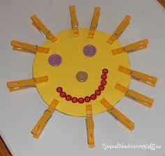 Manualidades con mis hijas: Sol de pinzas y botones 2. Kids crafts, buttons, Cardboard, clothespins