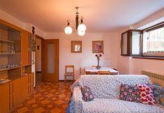 Appartamento Manuela - Villa Sebina - Castione della Presolana - Lombardia - Orobie Ingresso Indipendente e Sala da Pranzo con divano letto matrimoniale