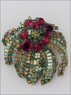 Floral Pin Brooch pierrecohen.com