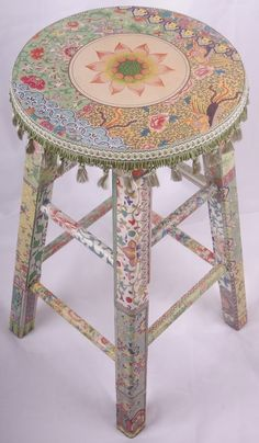 The age-old art of découpage is alive and well today.........here are some beautiful projects for your inspiration. They certainly get m...