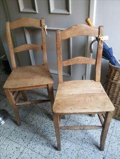leuke oude houten stoeltjes
